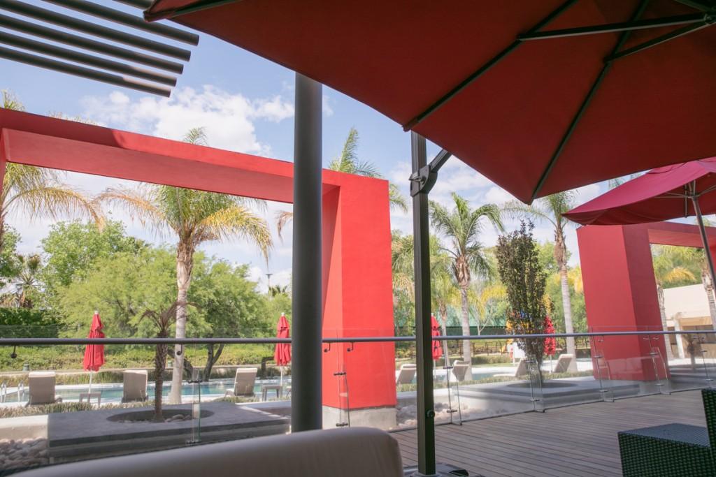 アグアスカリエンテス マリオットホテルのプールサイド