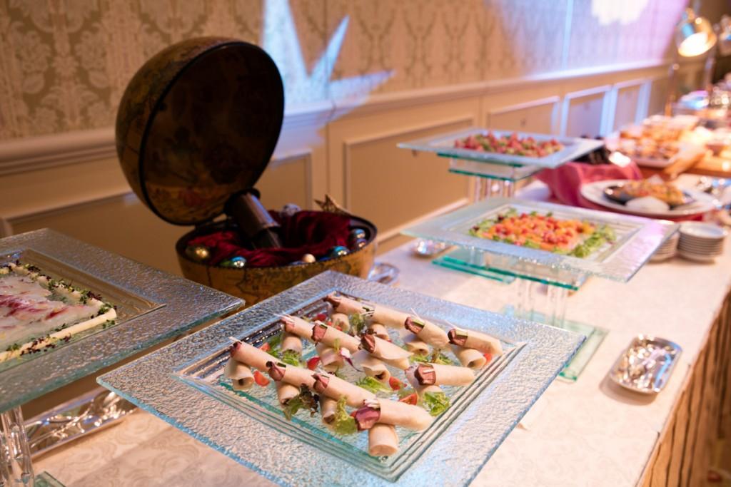 懇親会の料理1