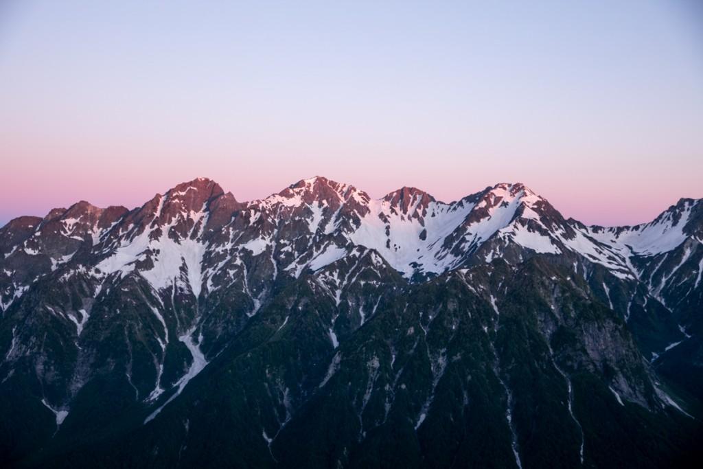 穂高連峰のモルゲンロート1