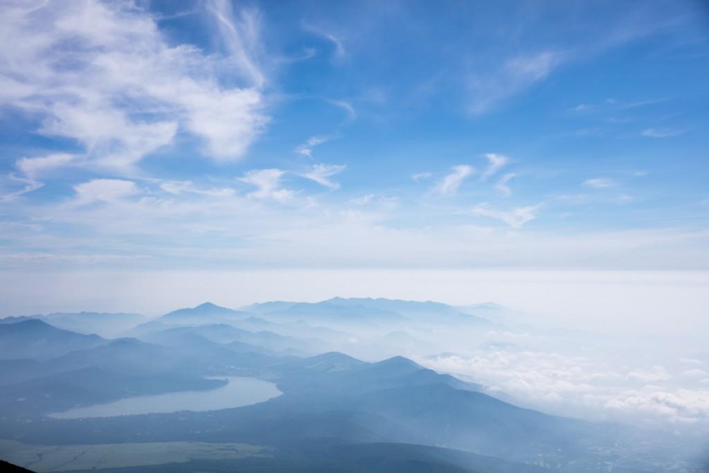 富士山御殿場ルート 山小屋 わらじ館 から見える山中湖