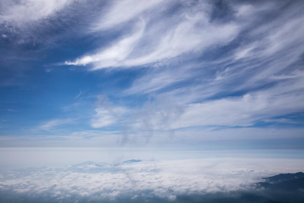 富士山御殿場ルート 山小屋 わらじ館 から見える空