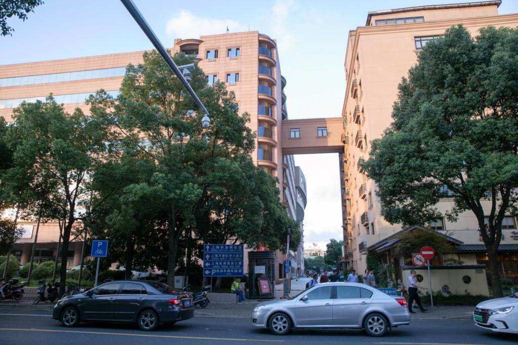 上海 虹橋 マリオットホテル付近の道路