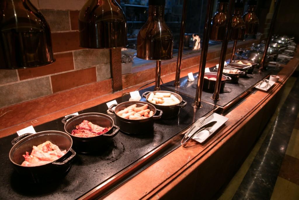 上海 マリオットホテル 虹橋 朝食 お肉