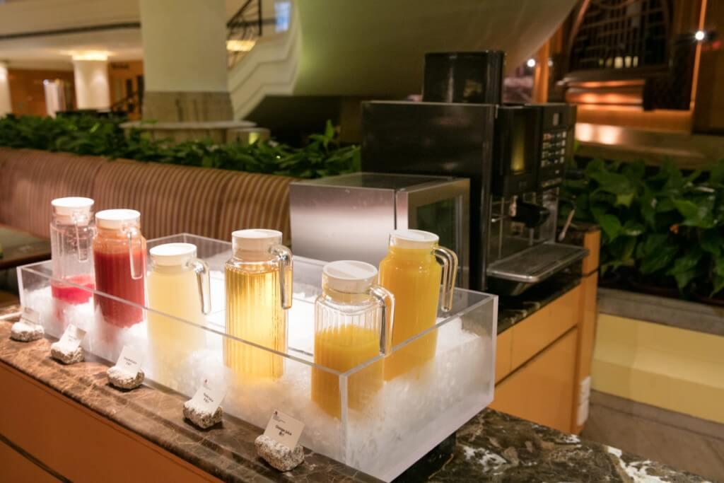 上海 マリオットホテル 虹橋 朝食 ジュース