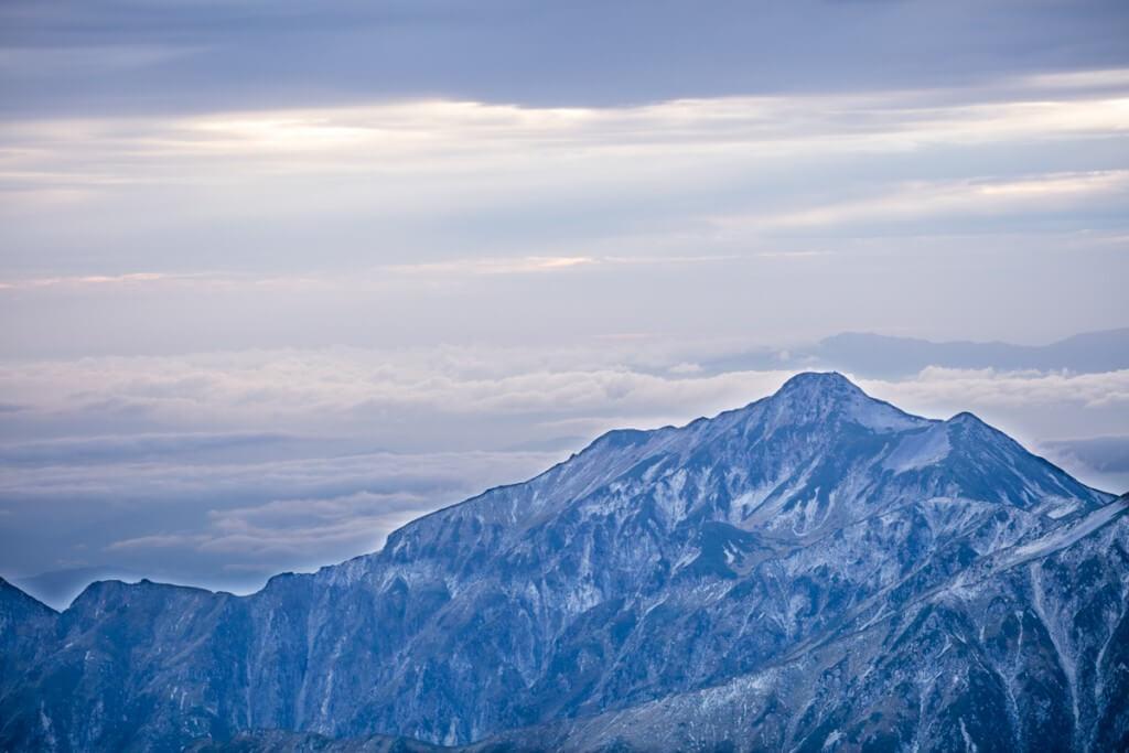 夕暮れの笠ヶ岳