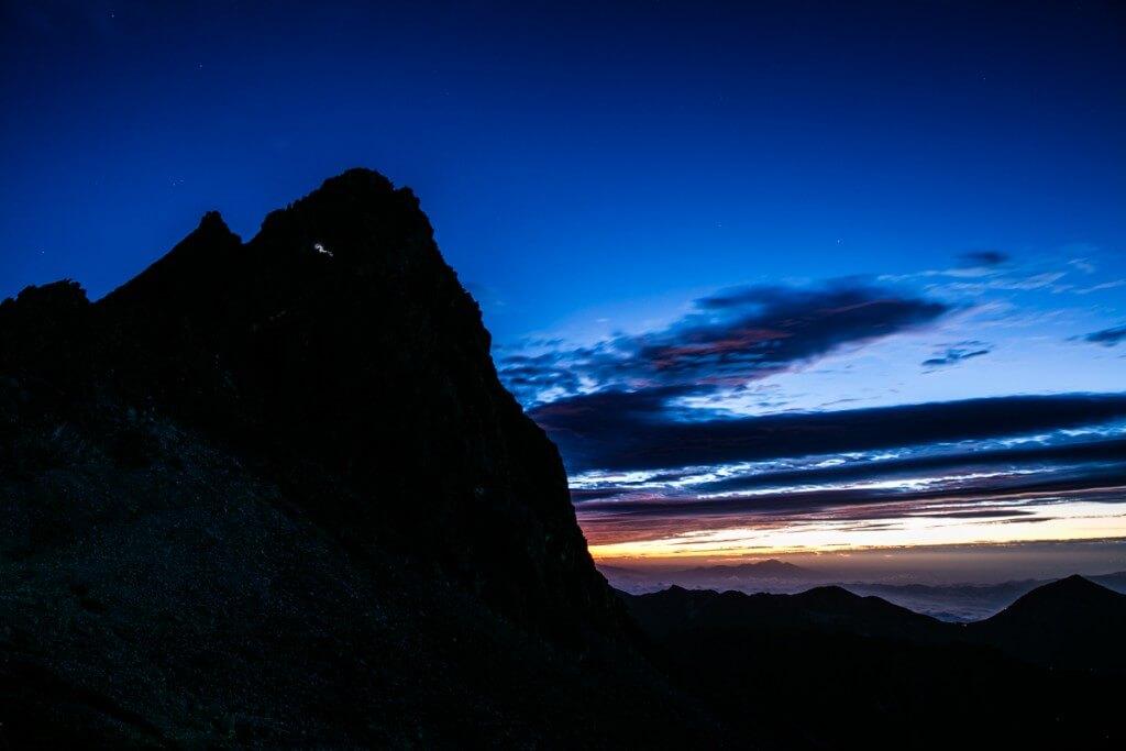 槍ヶ岳の日の出前