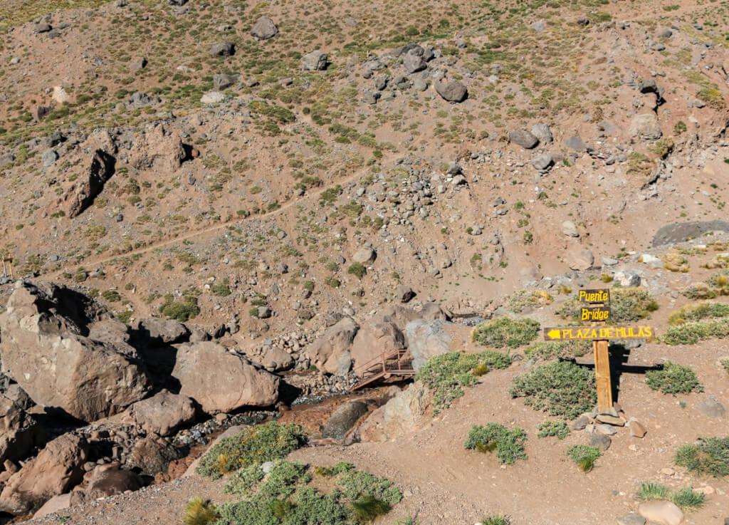 アコンカグア登山 プラザ・デ・ムーラスへの道1