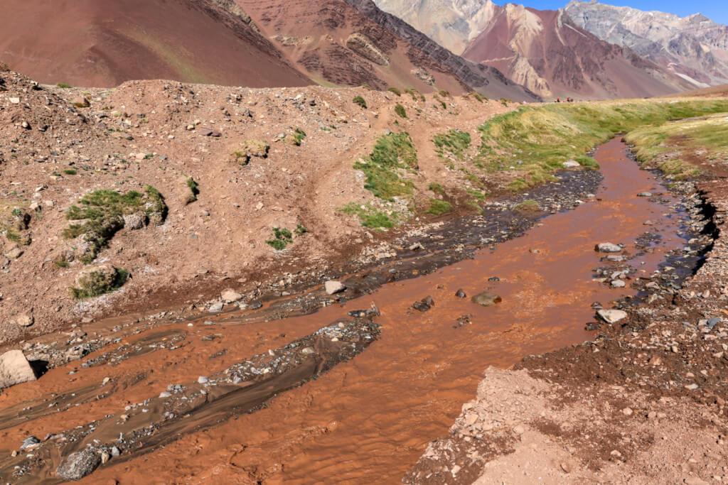 アコンカグア登山 プラザ・デ・ムーラスへの道3