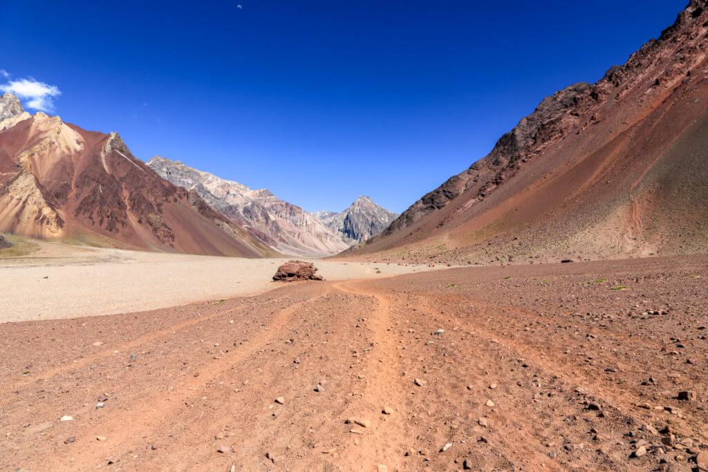 アコンカグア登山 プラザ・デ・ムーラスへの道4