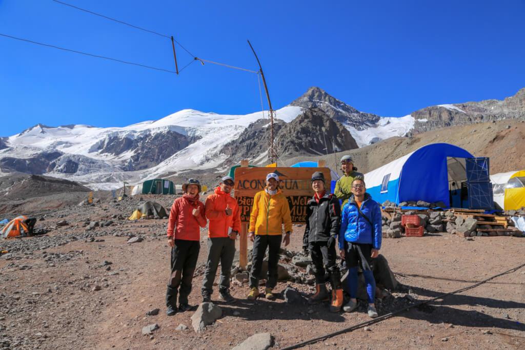 アコンカグア登山ベースキャンプ プラザ・デ・ムーラスで石川弘樹さんとy-hey