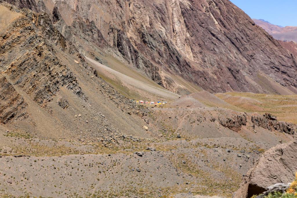 アコンカグア登山 遠くに見えるコンフルエンシア