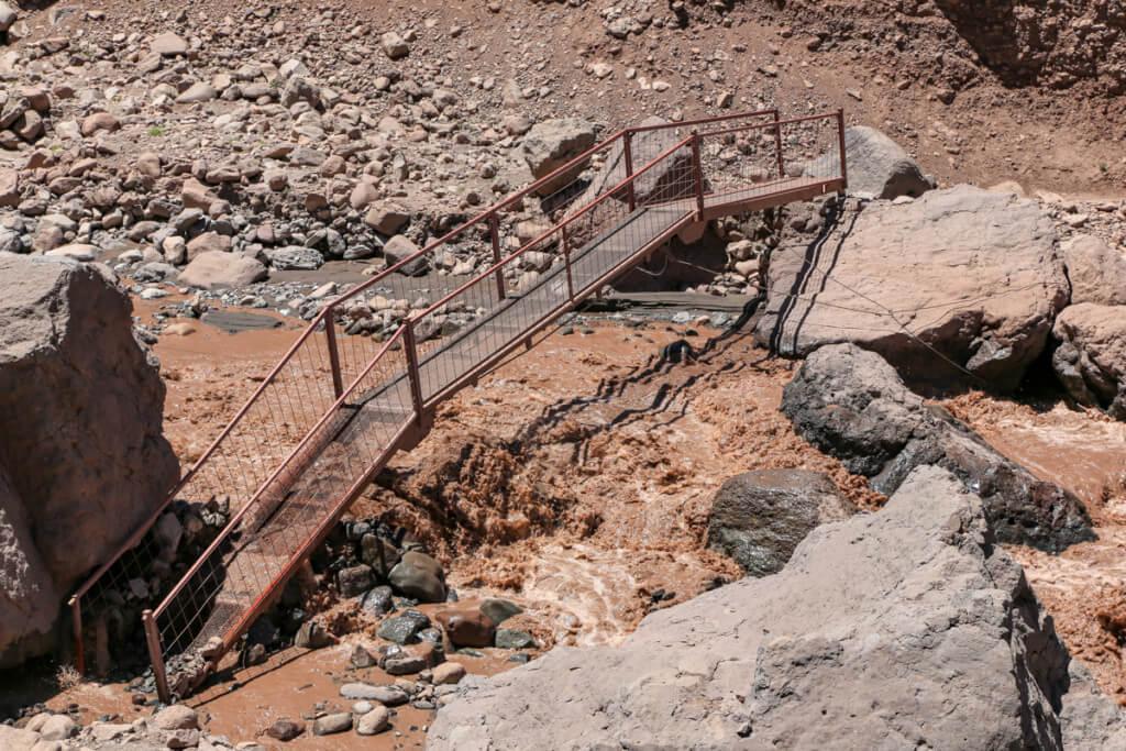 アコンカグア登山 コンフルエンシア近くの橋