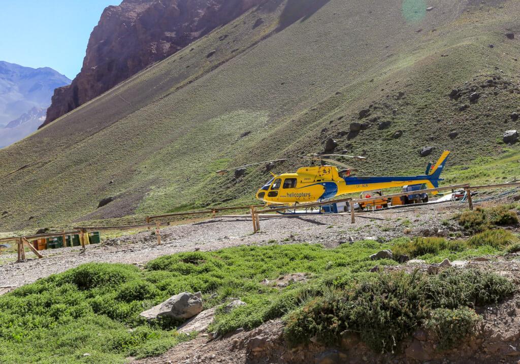 アコンカグア登山 オルコネス近くのヘリポート