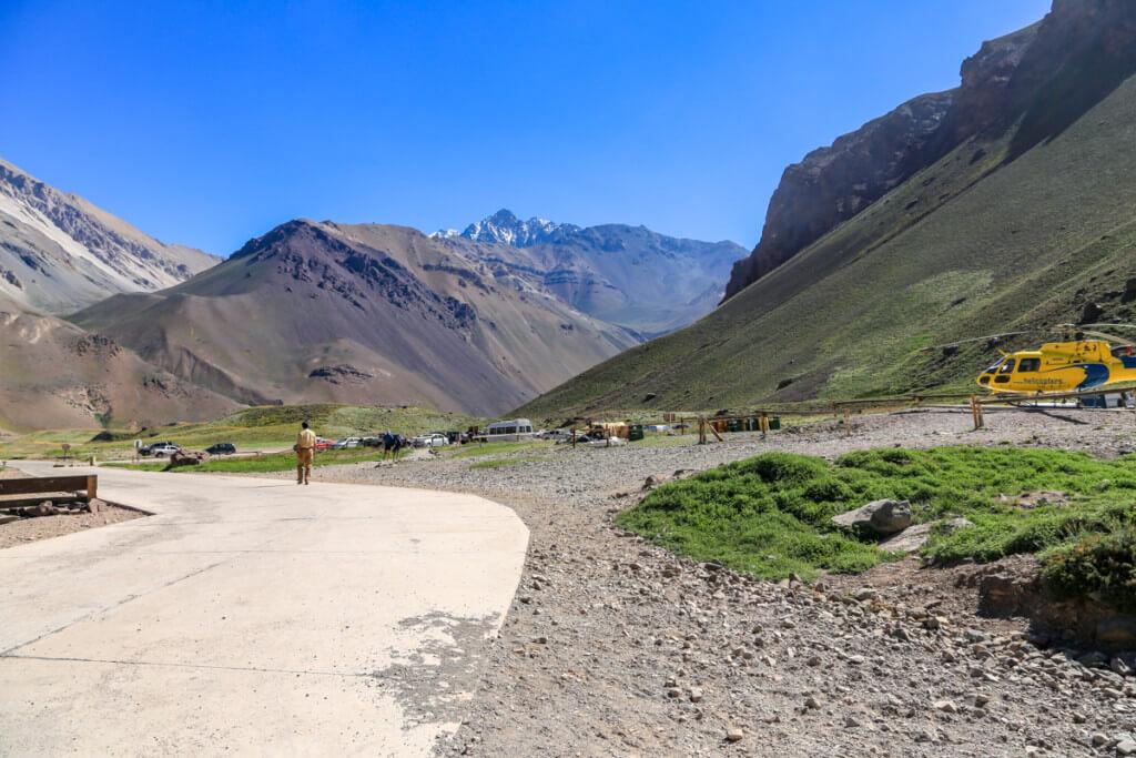 アコンカグア登山 オルコネス近くのヘリポート2