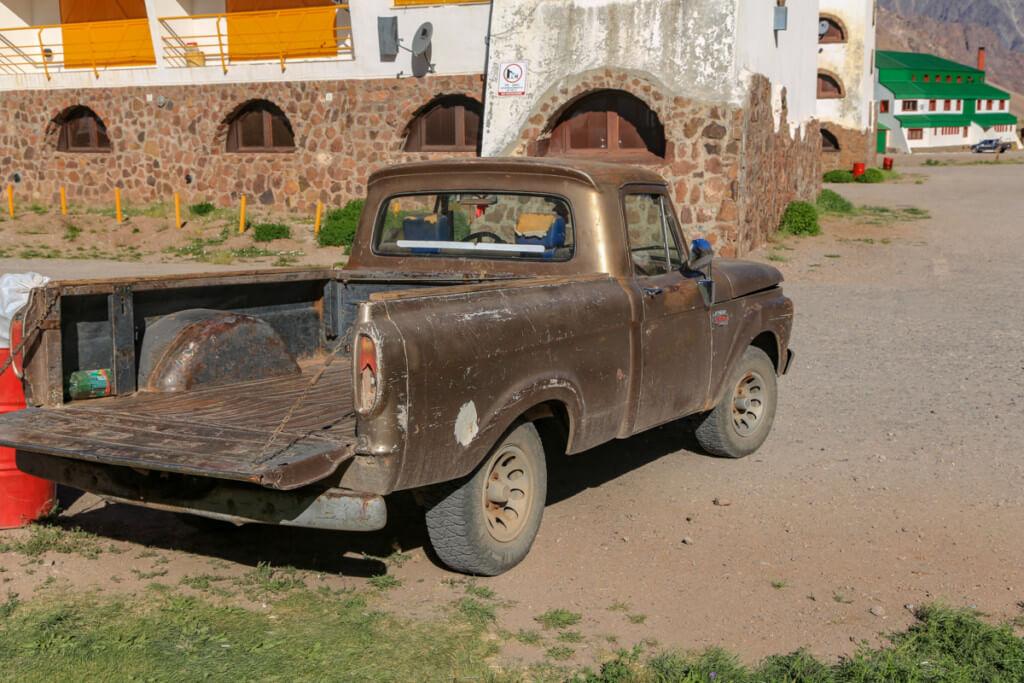 アコンカグア登山 高級送迎車