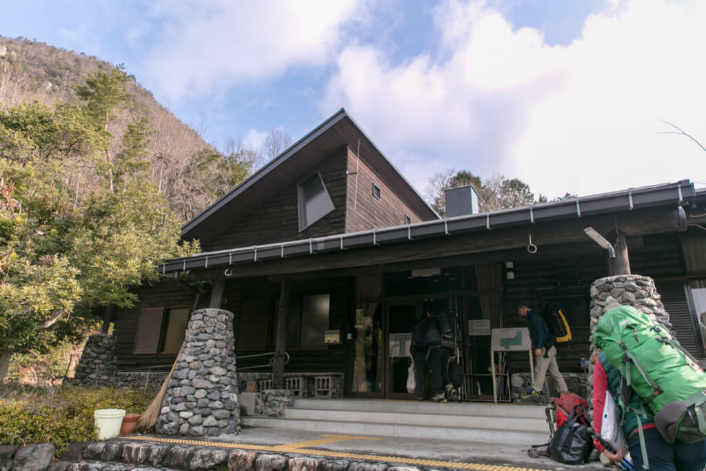比良山岳センター 玄関