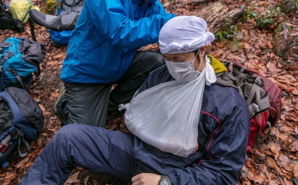 登山ガイド 危急時対応技術義務講習会 ロールプレイ