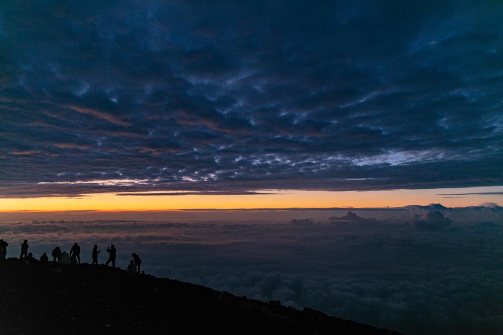 富士山 御来光直前の空2