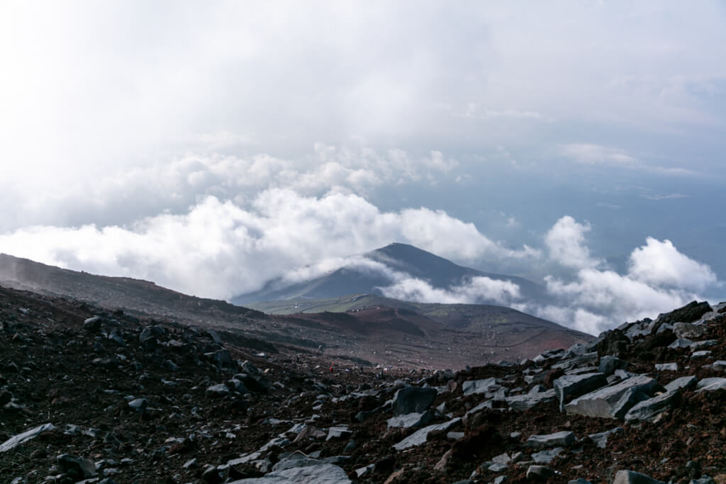 御殿場ルート 雲の上から下山1
