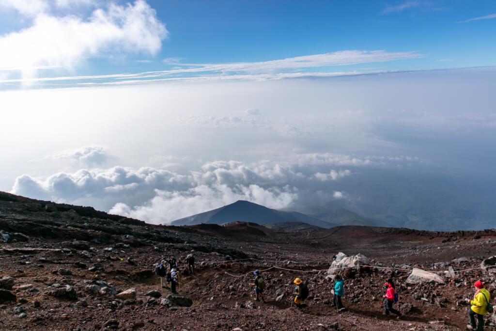 御殿場ルート 雲の上から下山3
