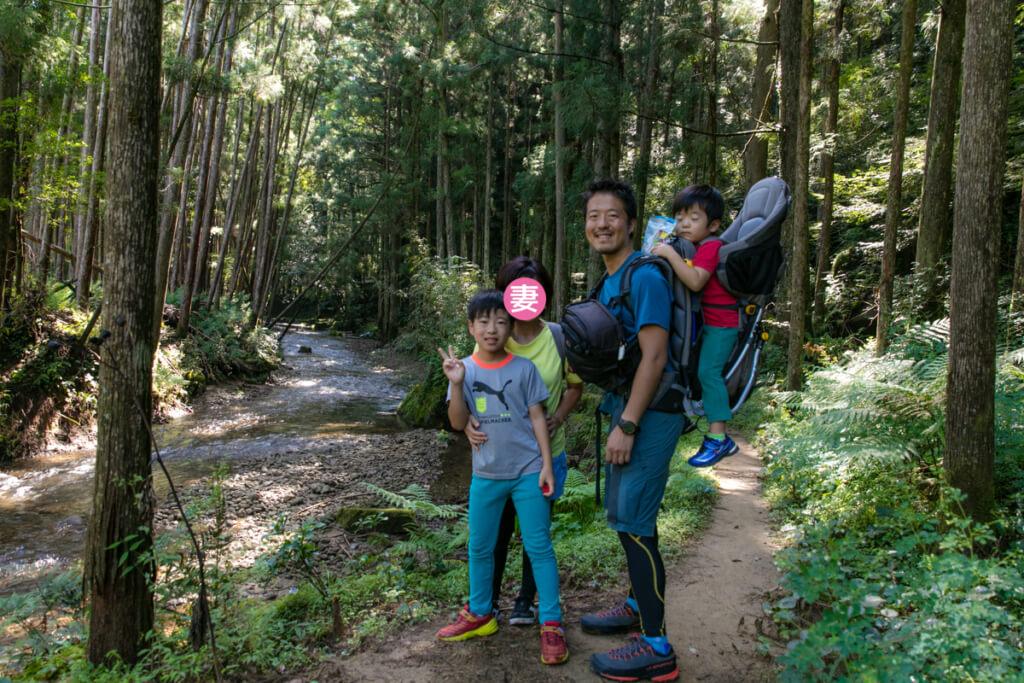和歌山県新宮市 桑ノ木の滝でのy-heyファミリー