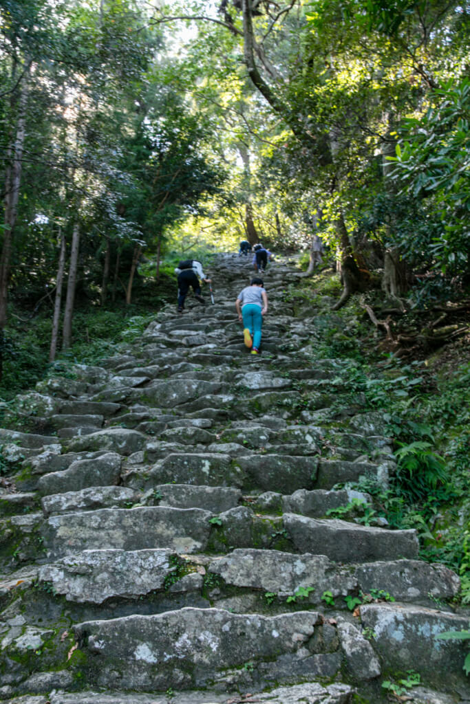 和歌山県新宮市 神倉神社 538段の石段 上り