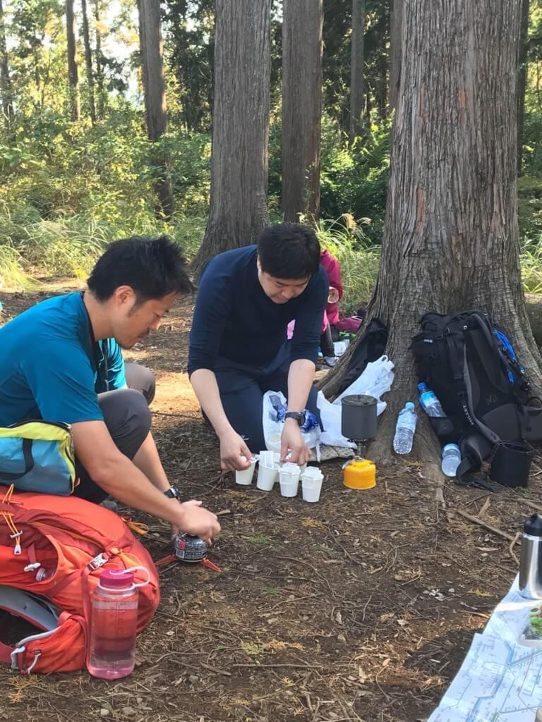 山フォトツアー コーヒーの準備