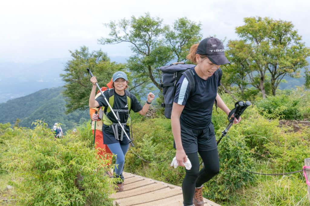塔ノ岳 登頂目前