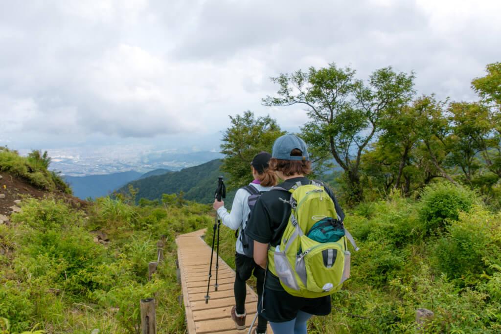 塔ノ岳から下山開始