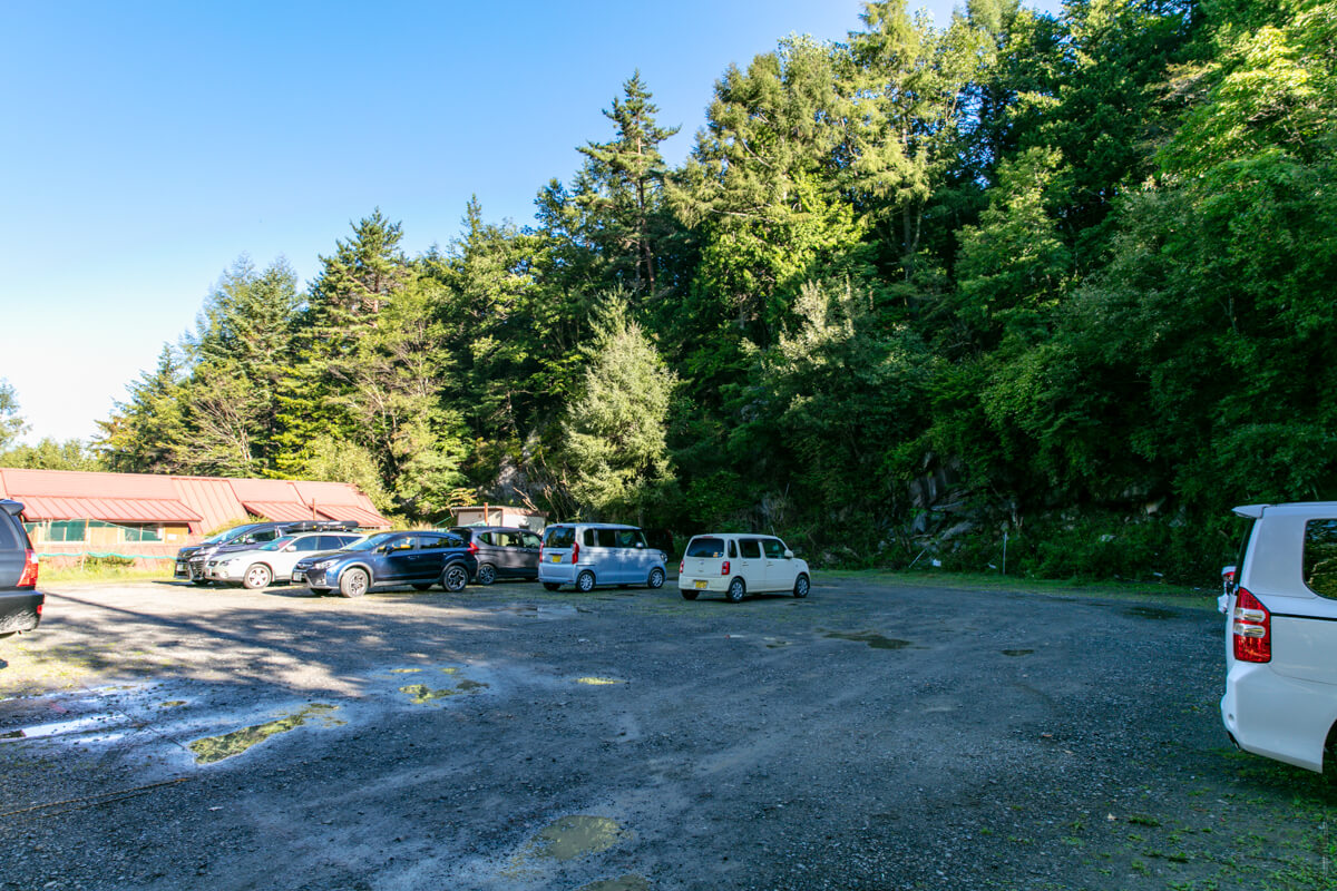美濃戸 駐車場