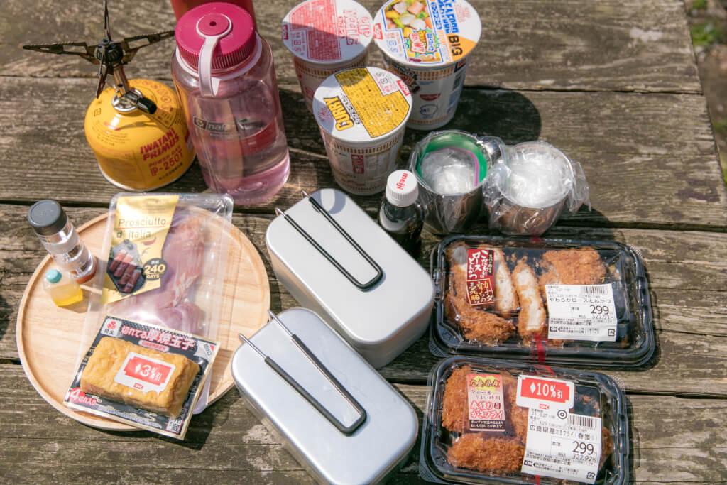 山ごはん 牡蠣の卵とじ丼、カツ丼、だし巻き玉子の生ハム巻きの材料
