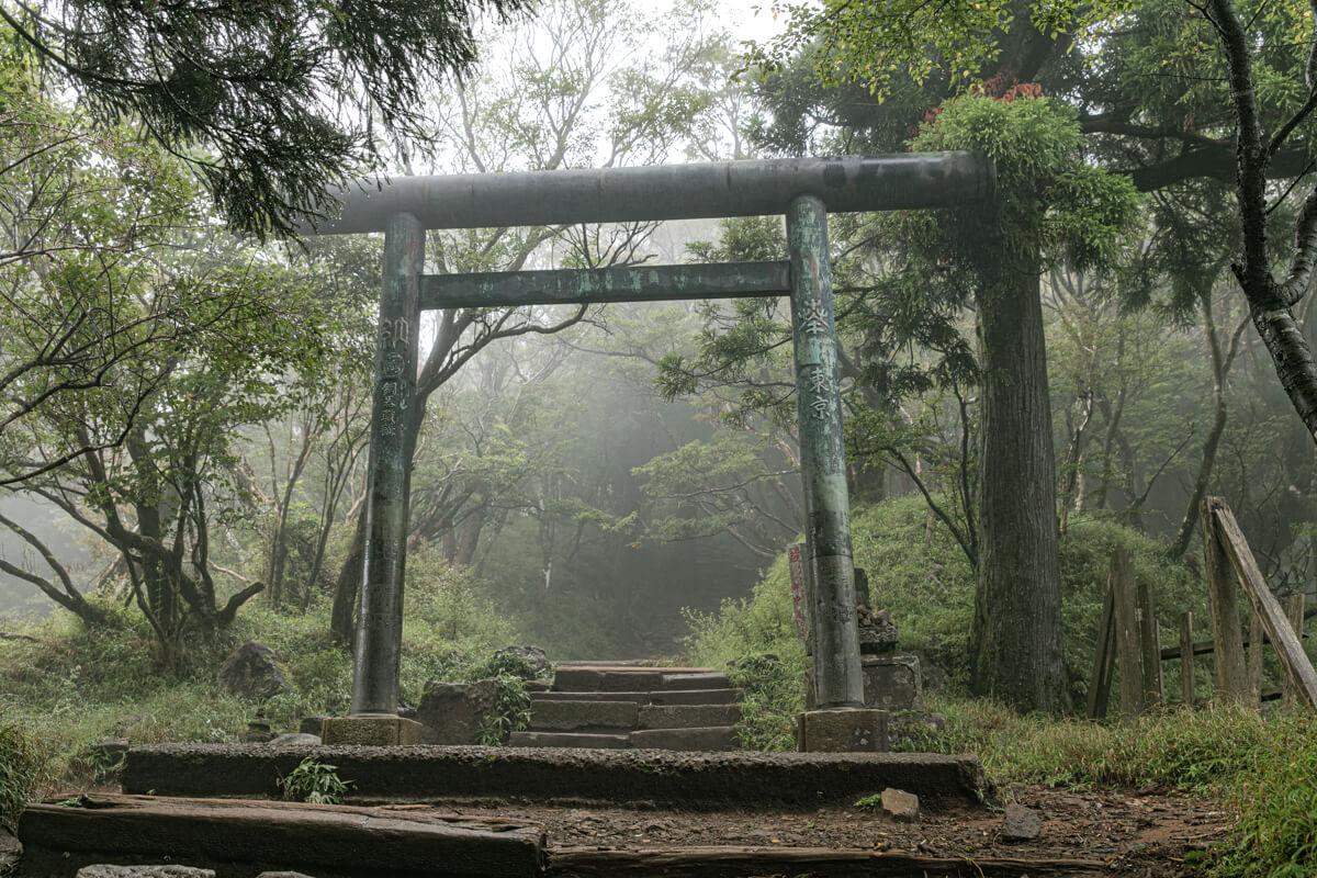 大山阿夫利神社本社 鳥居