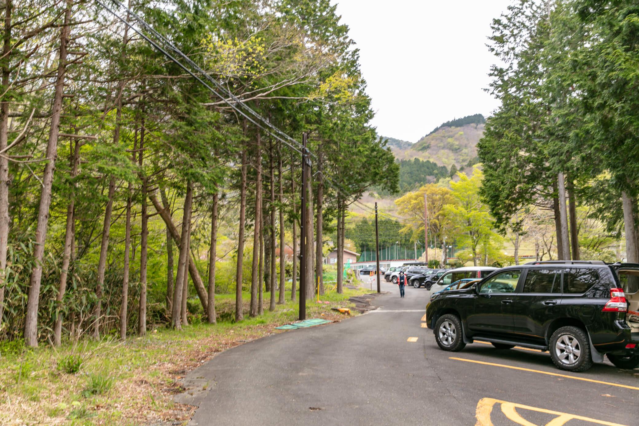 金時山 公時神社駐車場2