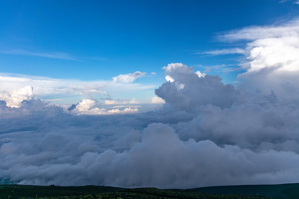 富士山 御殿場ルート 七合四勺 わらじ館からの景色