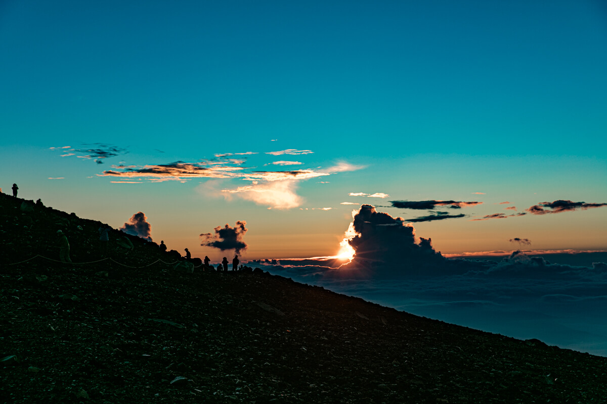 富士山 山頂からの御来光