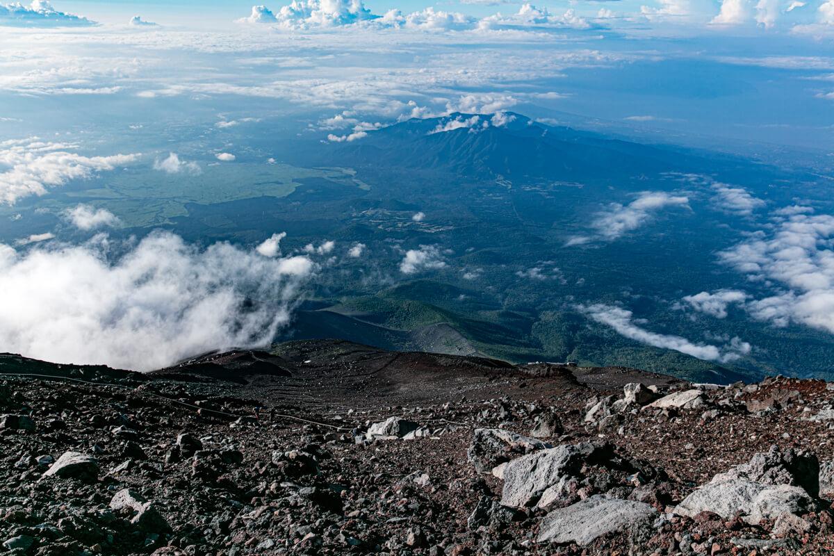 富士山山頂から下山